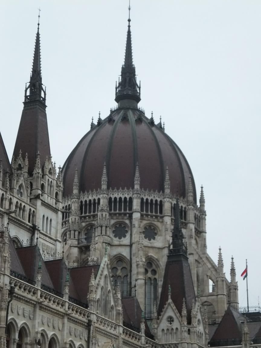 kuppel_parlament